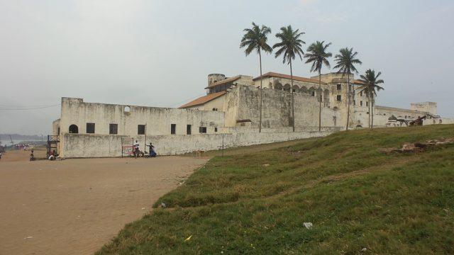 Elmina 02