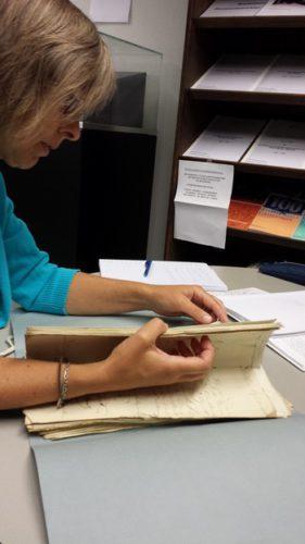 Eerste bezoek aan archief Weesp met Marjan en het mapje Christiaan.